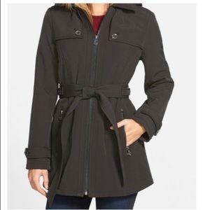 Michael Michael kors front zip black belted coat